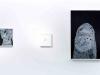 valentina-goretti-trappola-disegno-a-penna-bianca-su-fondo-acrilico-nero-supporto-mdf-60x90cm-foto-di-ezio-roncelli